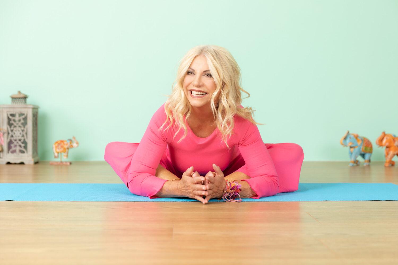Meier & Kamer Werbefotografie: Businessfoto Yoga by Gabrielle Baumann