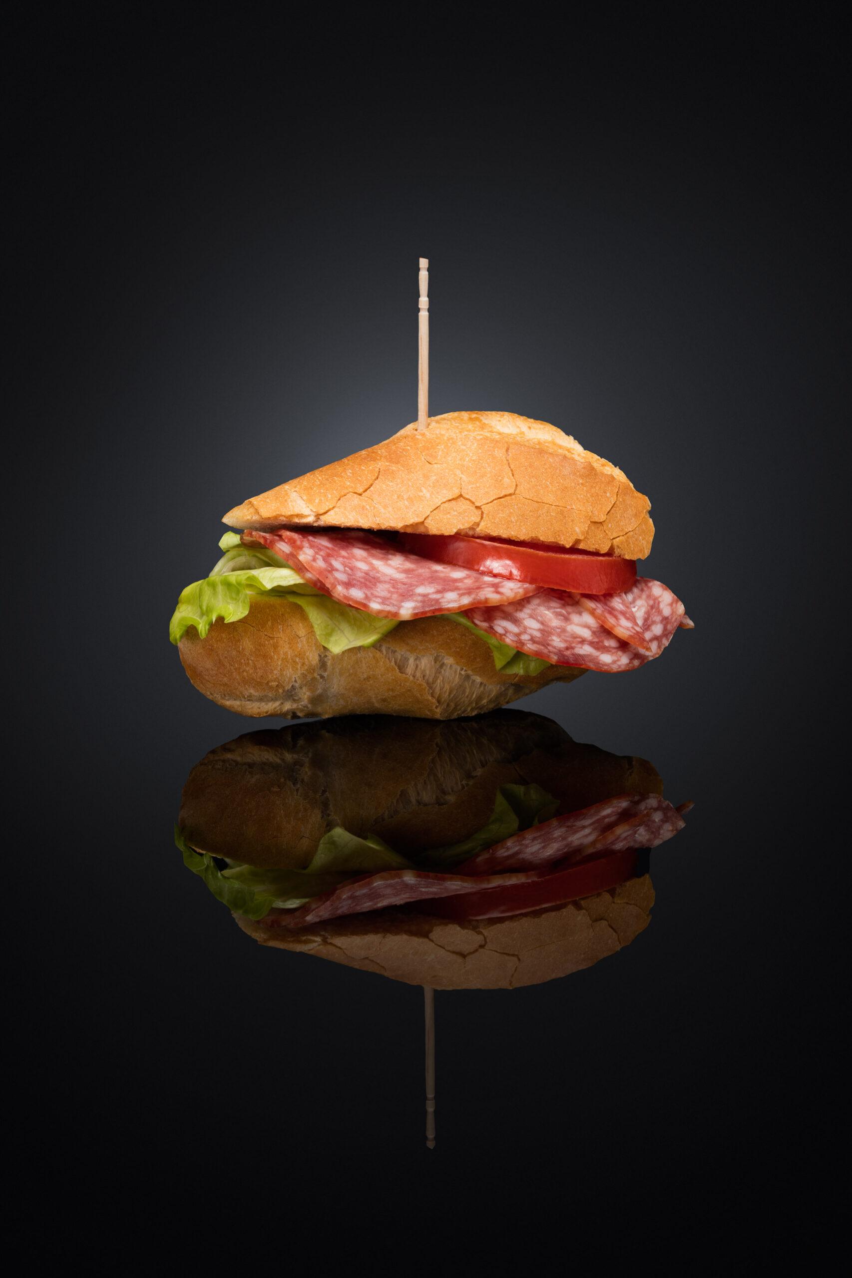 Meier & Kamer Produktefotografie: Feines Sandwich vom Schillig Bäckerei, Bürglen
